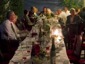 peod Kallaste turismitalus - terrass - Turismitalu harjumaal- suvepäevad, pulmad, juubel, sünnipäeva koht. Peosaal Kallaste talu suvesaalis. Ärksa hingega talu Padisel - imeline loodus - company summer retreats