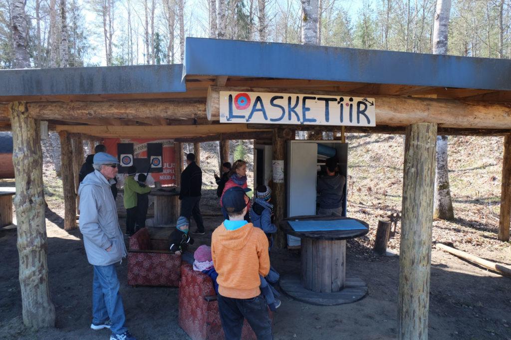 Lasketiir - aktiivne puhkus Kallaste Turismitalus - tegevused suvepäevade, seminaride, sünnipäevade juurde