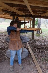 Bow, crossbow, gun in the shooting range lasketiir - vibu, õhupüss ja amb 2015 Kallaste Turismitalus Padisel Harjumaal - turism - toitlustus- puhkemaja - loomapark - seikluspark - lasketiir - www.kallastetalu.ee