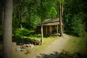 cottage helmi - tareke Helmi - metsas ja eemal Holiday resort in Padise, Harjumaa - only 45 km from Tallinn www.kallastetalu.ee Kallaste Turismitalu OÜ - metsapuhkus kauni looduse keskel - accommodation, sauna, seminars