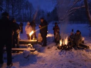 talvine Lõkkeõhtu või tina valamine Kallaste turismitalu www.kallastetalu.ee