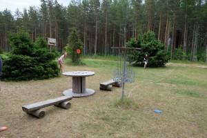 Диск-Гольф Disc-Golf - 3-5 km -Holiday resort in Padise- Harjumaa - only 45 km from Tallinn www.kallastetalu.ee Kallaste Turismitalu OÜ - metsapuhkus kauni looduse keskel - accommodation- sauna- seminars-opt