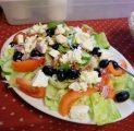 kreeka-salat-2015-kallaste-turismitalus-padisel-harjumaal-turism-toitlustus-puhkemaja-loomapark-seikluspark-lasketiir-wwwkallasteta