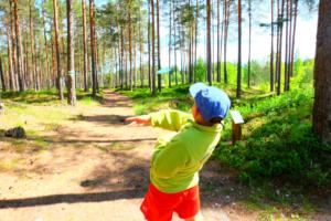 Disc - Golf- disc golf - discgolf - Padisel Kallaste Turismitalus - 18 korviga - Kallaste Turismitalus