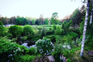 Kallaste Turismitalu kallastetalu.ee loodus puhkus kloostri jõgi kevad illsutreeriv