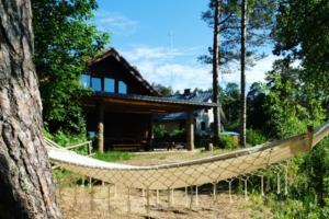 Kallaste Turismitalu kallastetalu.ee võrkkiik saunamaja Heino suvi puhkus