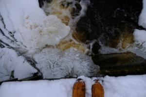 Kallaste Turismitalu kallastetalu.ee loodus puhkus tee rada lumi talv illustreeriv