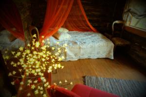 Romantiline tareke Halmi - romantic cottage Helmi - Kallaste talu - ärksa hingega talu Harjumaal. www.kallastetalu.ee Kallaste Talu- Turismitalu & Holiday resort in pa(ra)dise