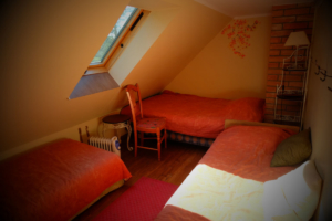hoovimaja tuba nr 6 Kallaste Turimitalu www.kallastetalu.ee