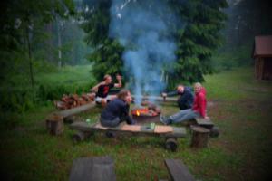 lõkkeõhtu alumine kompleks Holiday resort in Padise, Harjumaa - only 45 km from Tallinn www.kallastetalu.ee Kallaste Turismitalu OÜ - metsapuhkus kauni looduse keskel - accommodation, sauna, semina
