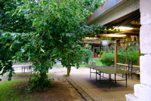 lauatennis katusealune ülemine kompleks elamustalu hoovimaja Kallaste Turismitalu Padisel ärksa hingega talu Harjumaal www.kallastetalu.ee